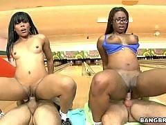Ten Pin Ass Hammer w/ Bella & Jayla Foxx
